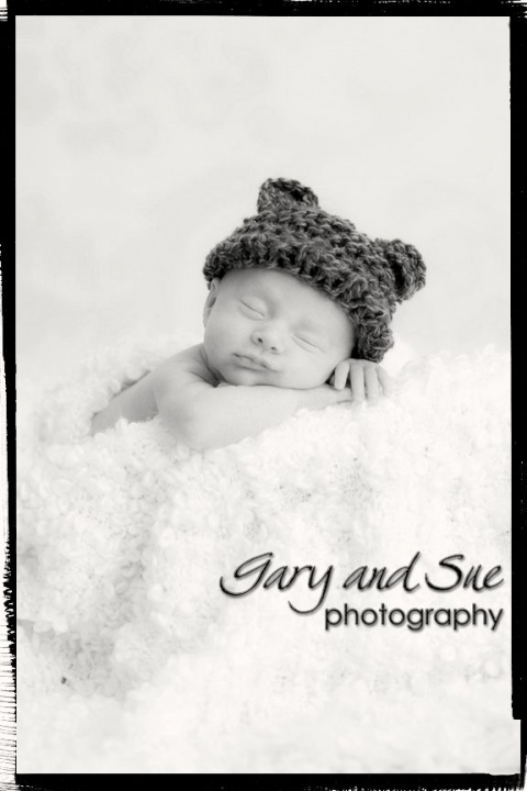 Newborn photography Cardiff baby pictures